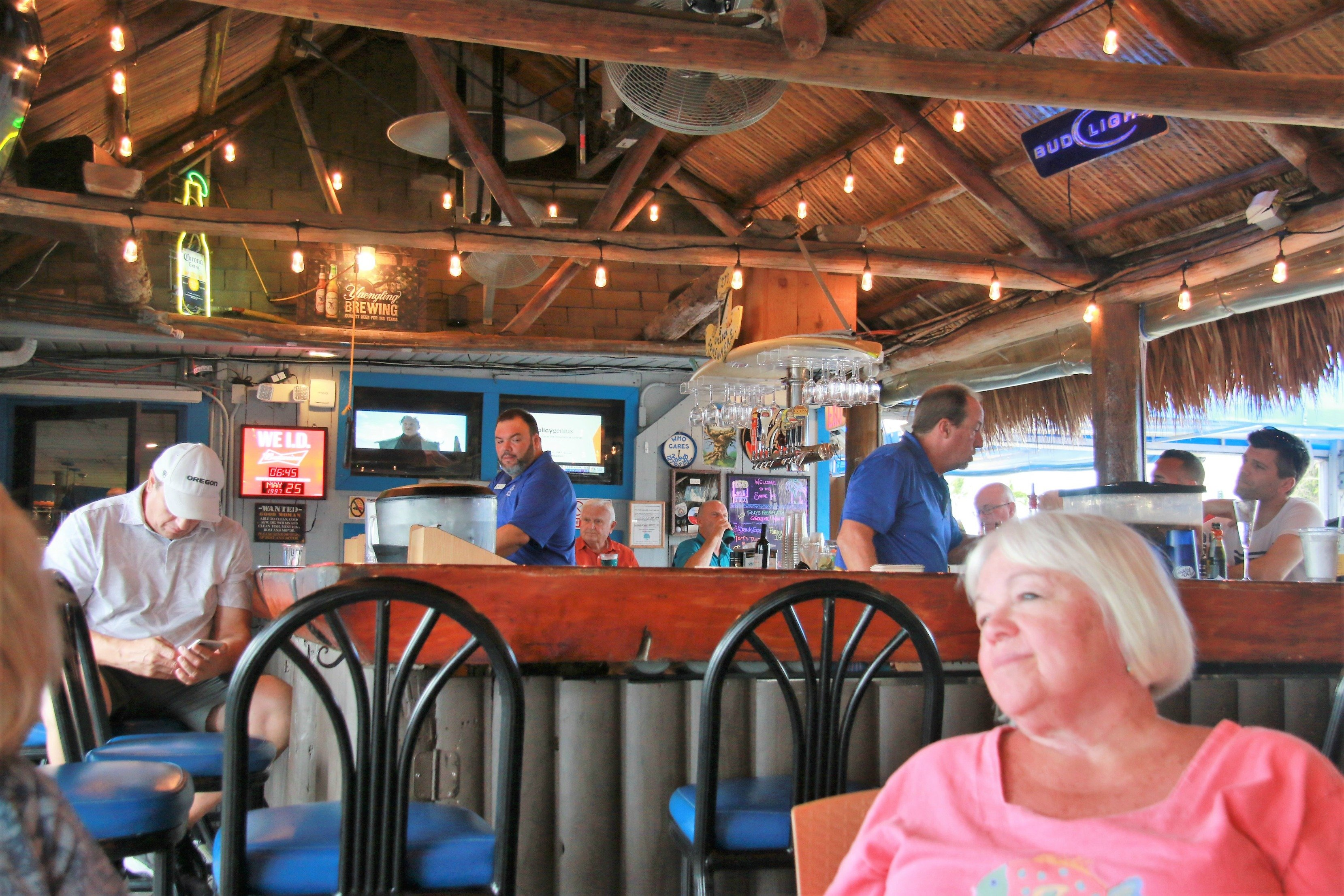 Waterfront Dining At The Snook Inn Marco Island Fl